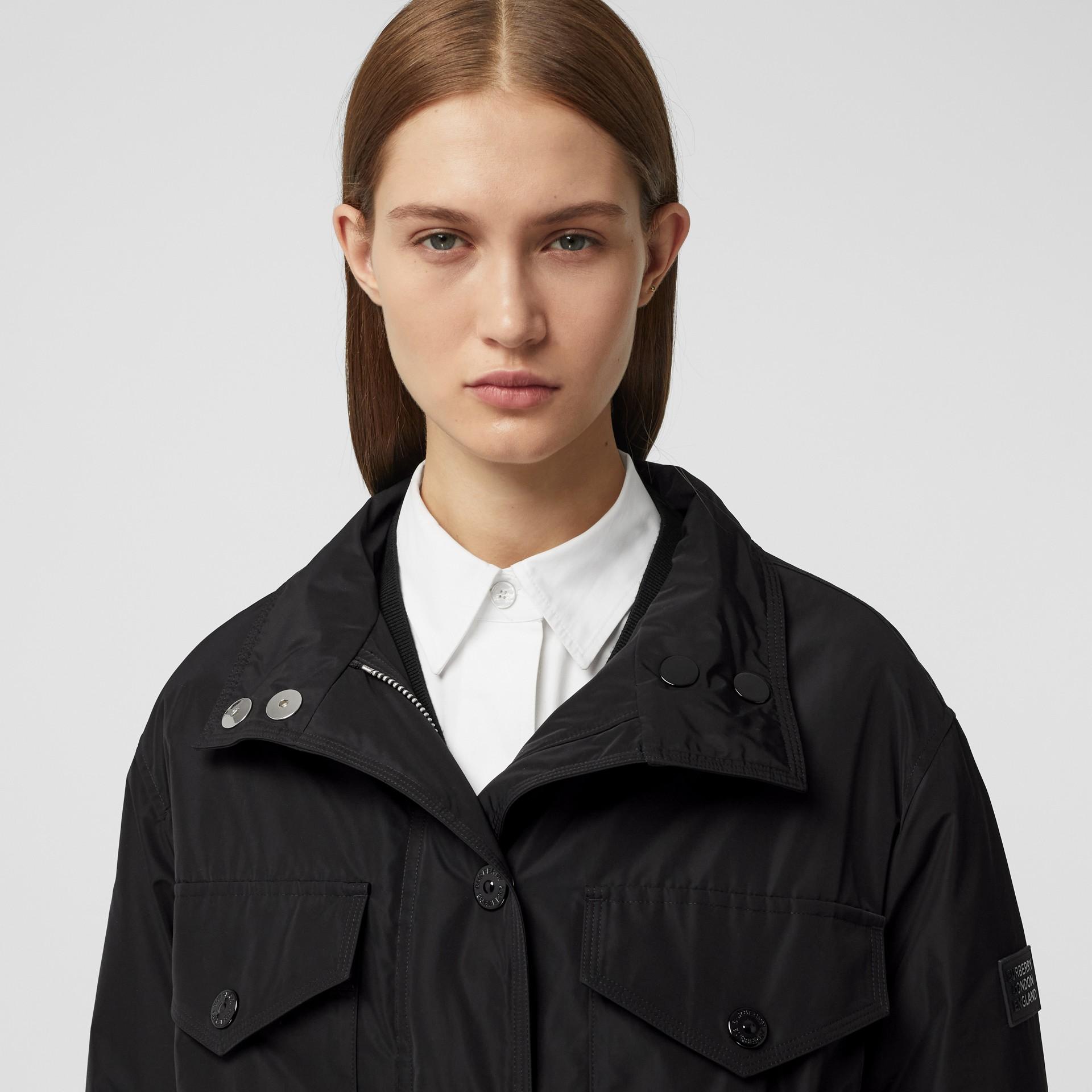Parka en taffetas à mémoire de forme avec capuche amovible (Noir) - Femme | Burberry - photo de la galerie 1