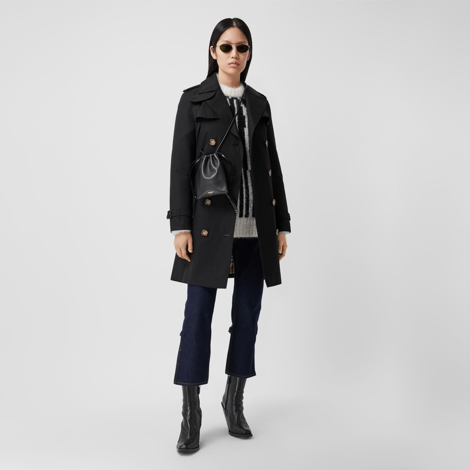 Trench coat Islington curto (Preto) - Mulheres   Burberry - galeria de imagens 0