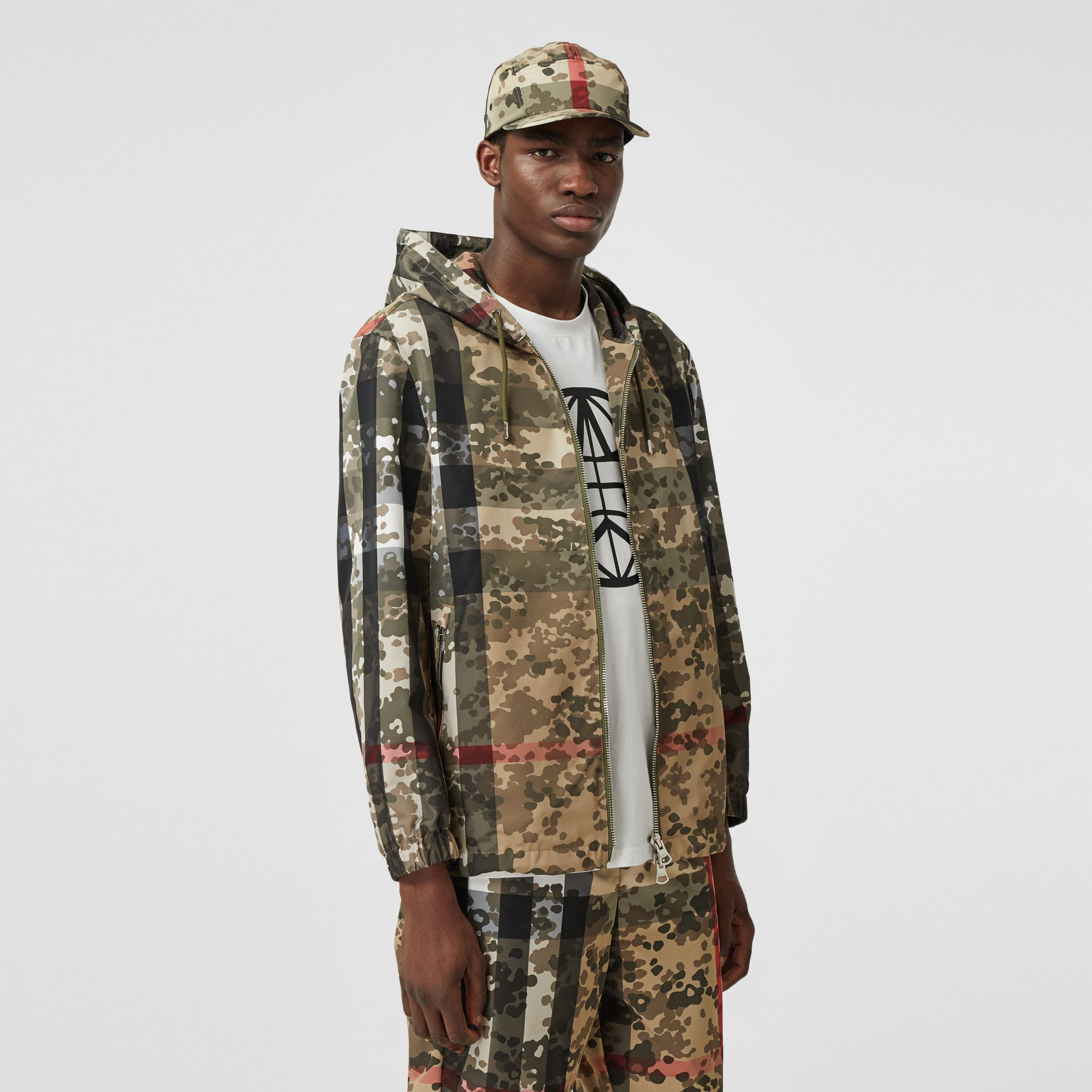 Camouflage Check Nylon Hooded Jacket in Archive Beige | Burberry United Kingdom - gallery image 5