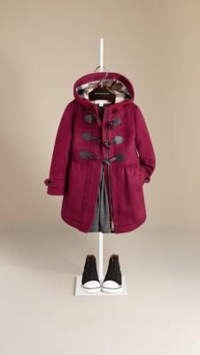 裙式衣摆羊毛牛角扣大衣