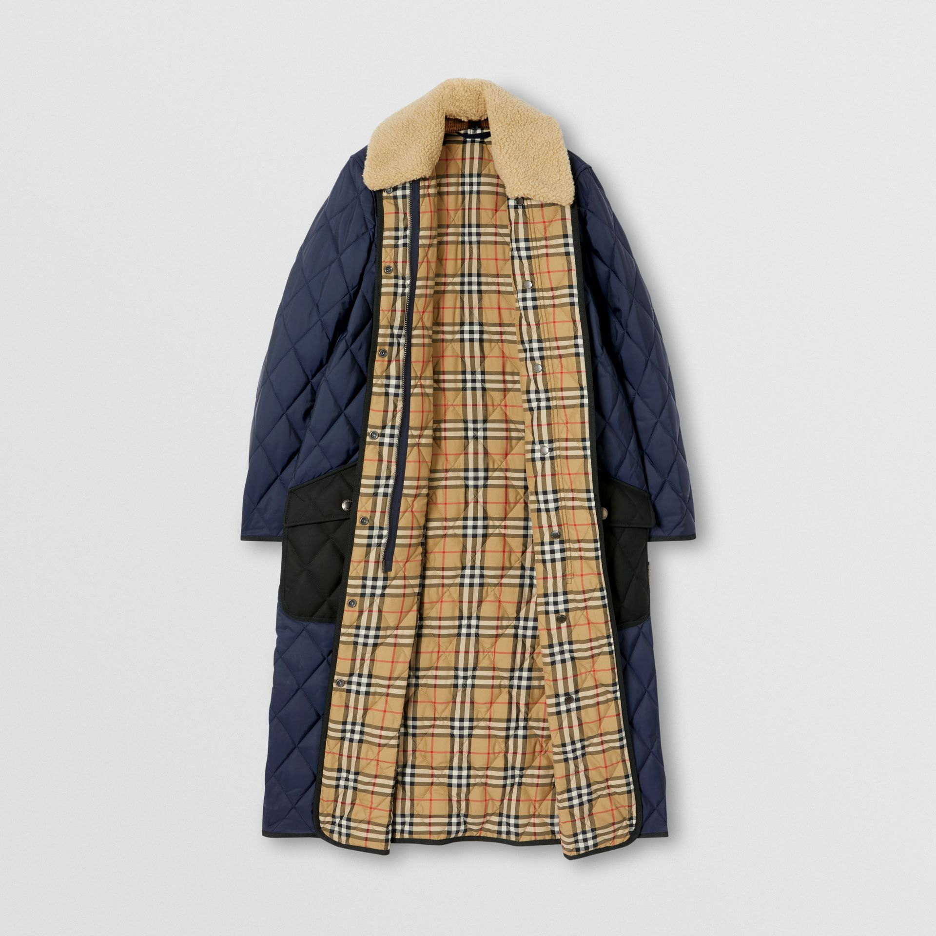 Detachable Fleece Collar Diamond Quilted Coat in Midnight Blue - Women | Burberry Canada - gallery image 7