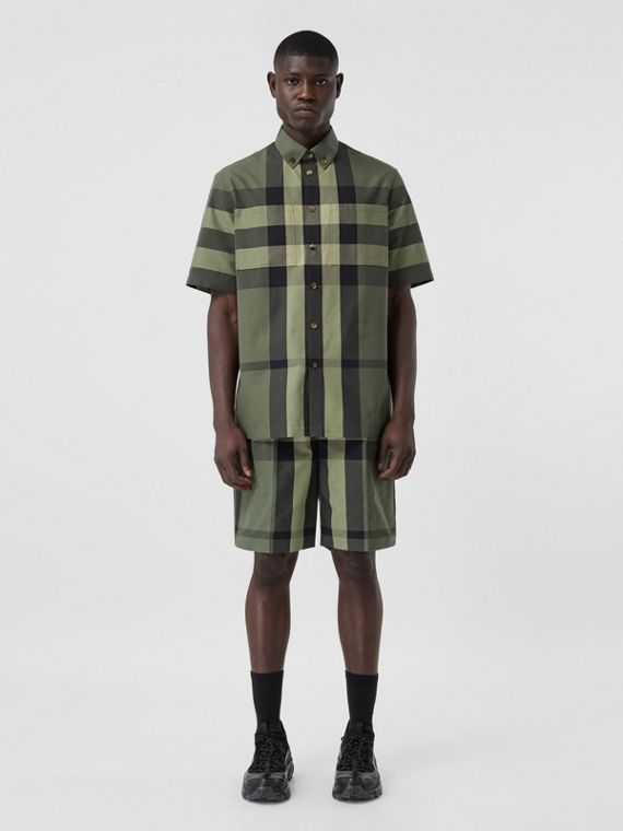Short-sleeve Check Cotton Shirt in Military Green
