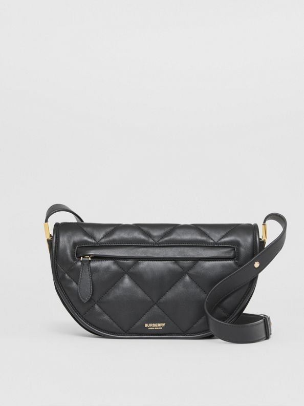 小型絎縫羔羊皮 Olympia 包 (黑色)