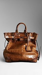 Antiqued Alligator Traveller Bag