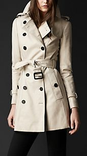 Trench coat en sarga de doble algodón