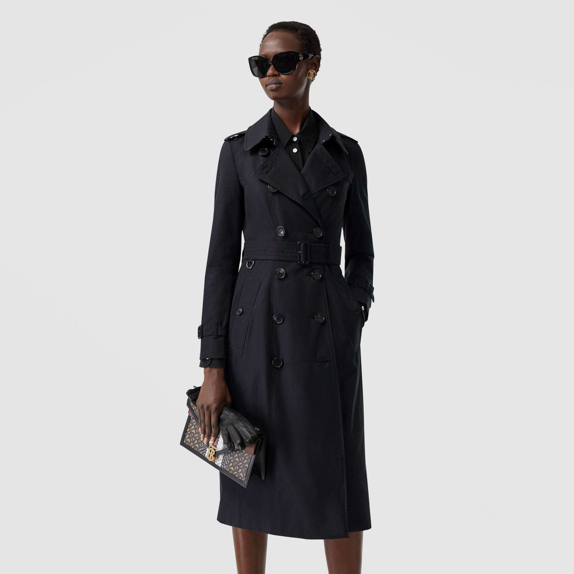 The Long Chelsea Heritage Trench Coat in Midnight | Burberry United States - gallery image 4
