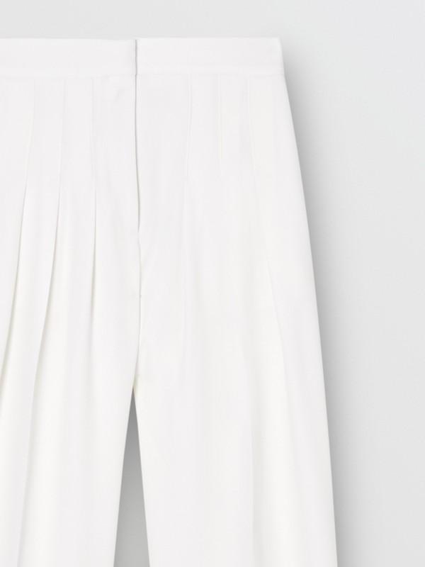 Grain De Poudre Wool Pleated Trousers in Snow - Women | Burberry Australia - cell image 3
