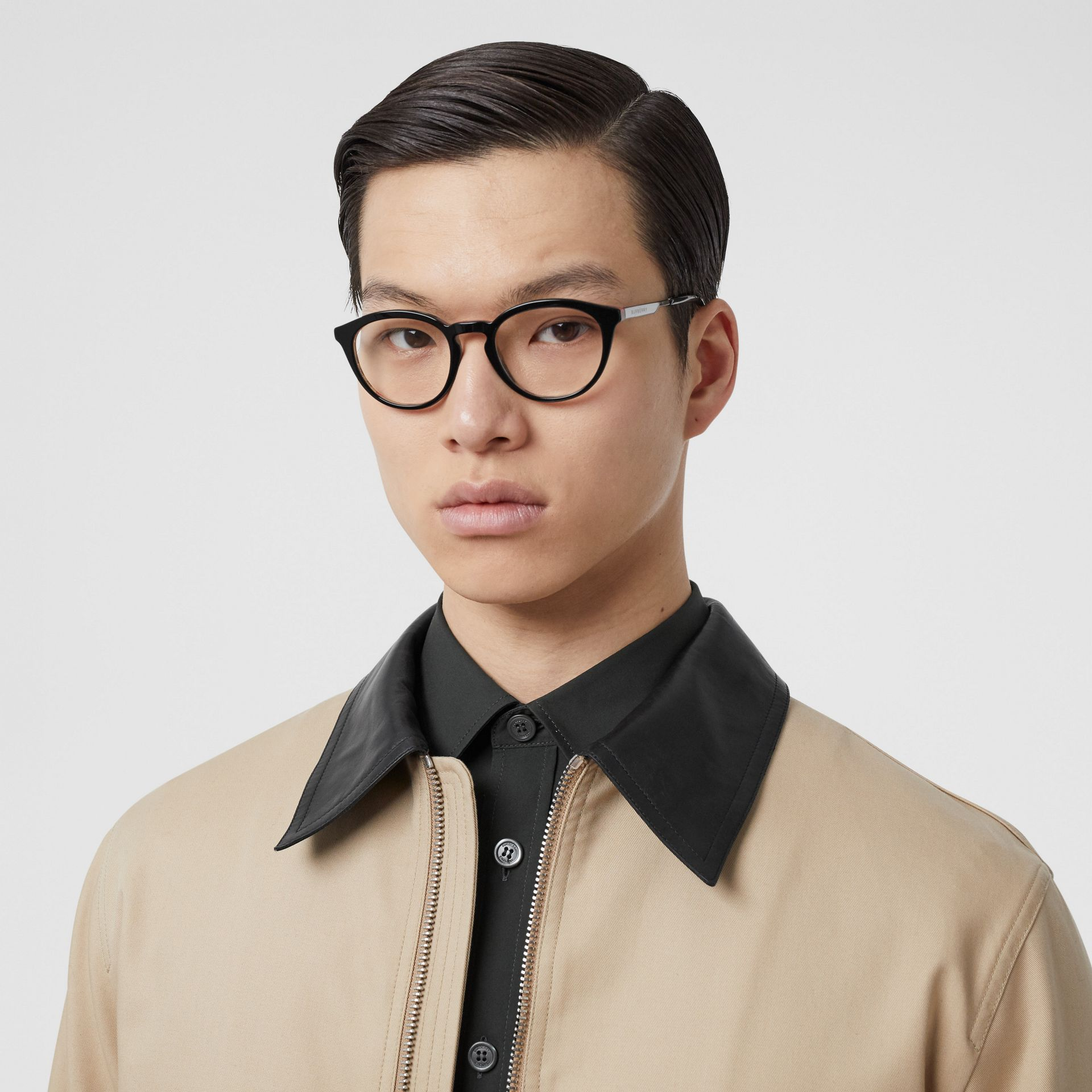 Round Optical Frames in Black/beige - Men | Burberry - gallery image 2