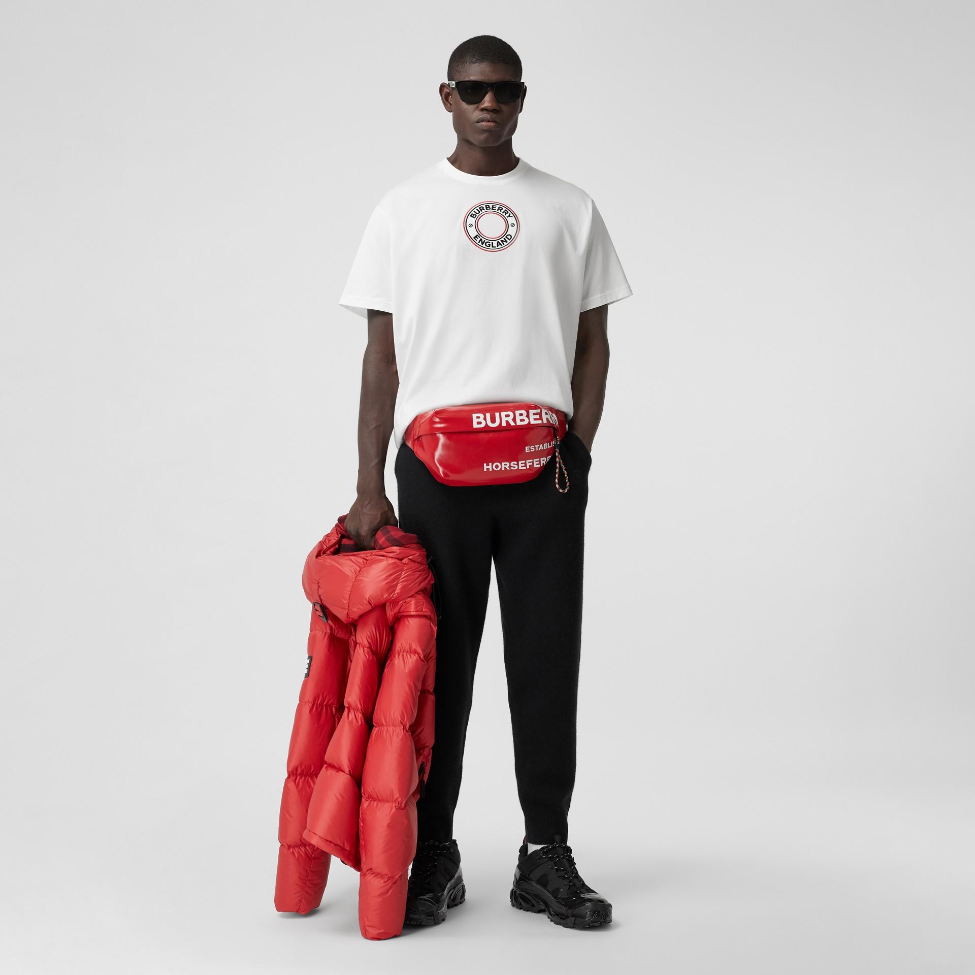 T-shirt oversize in cotone con applicazione con grafica e logo (Bianco) - Uomo | Burberry - immagine della galleria 4