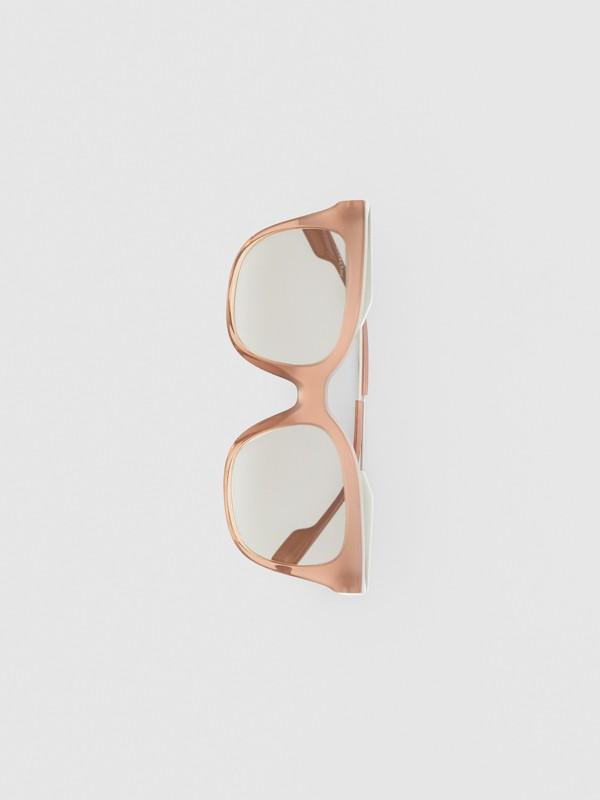 Occhiali da sole con montatura a farfalla (Rosa Nude) - Donna | Burberry - cell image 3
