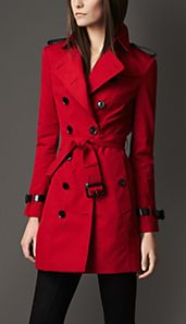Trench coat de longitud media en algodón técnico con doble solapa decorativa