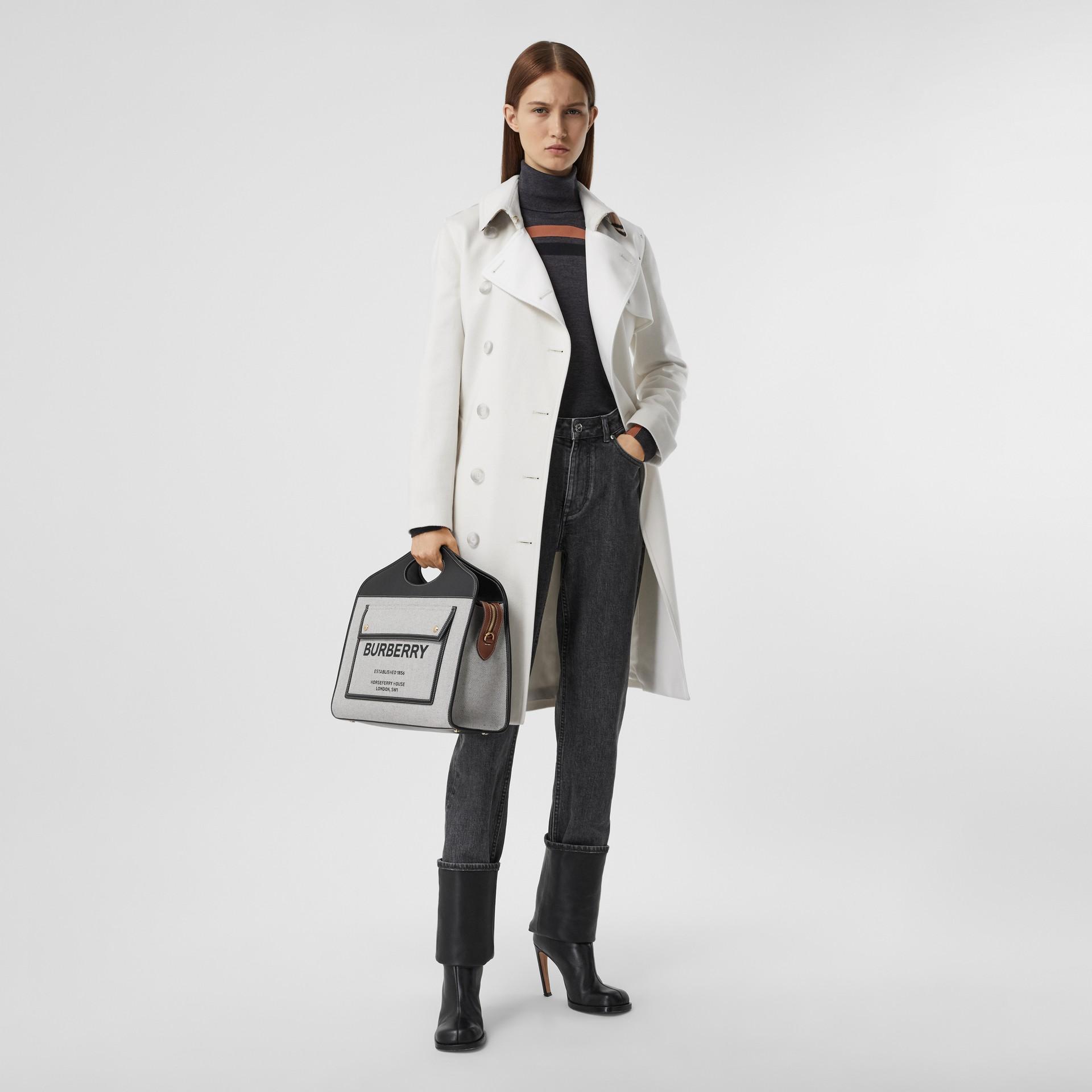 Trench coat in cashmere con pannello in gabardine di cotone (Bianco Naturale) - Donna | Burberry - immagine della galleria 0