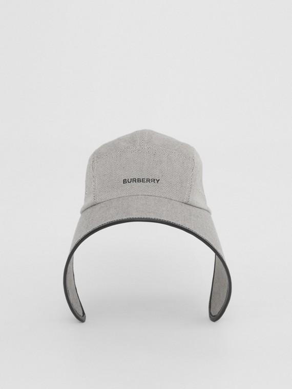 Hauben-Kappe aus Baumwolle mit Burberry-Logo (Schwarz/weiß)