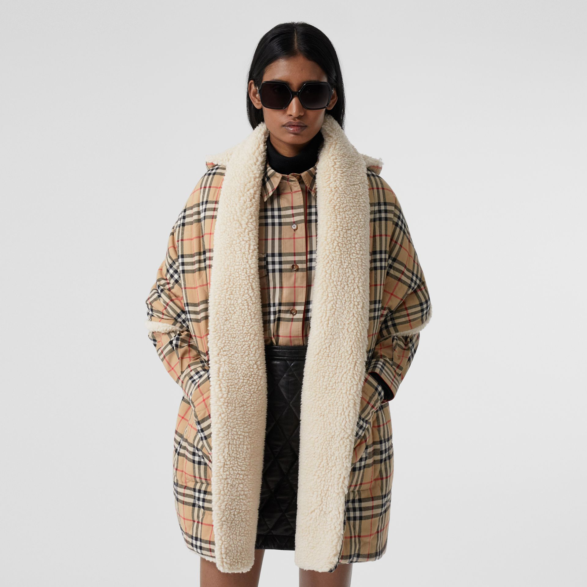 Fleece-lined Vintage Check Cotton Hooded Cape in Camel - Women | Burberry Canada - gallery image 4