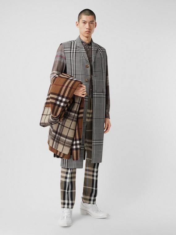 Manteau sans manches en laine technique check (Marron Foncé)