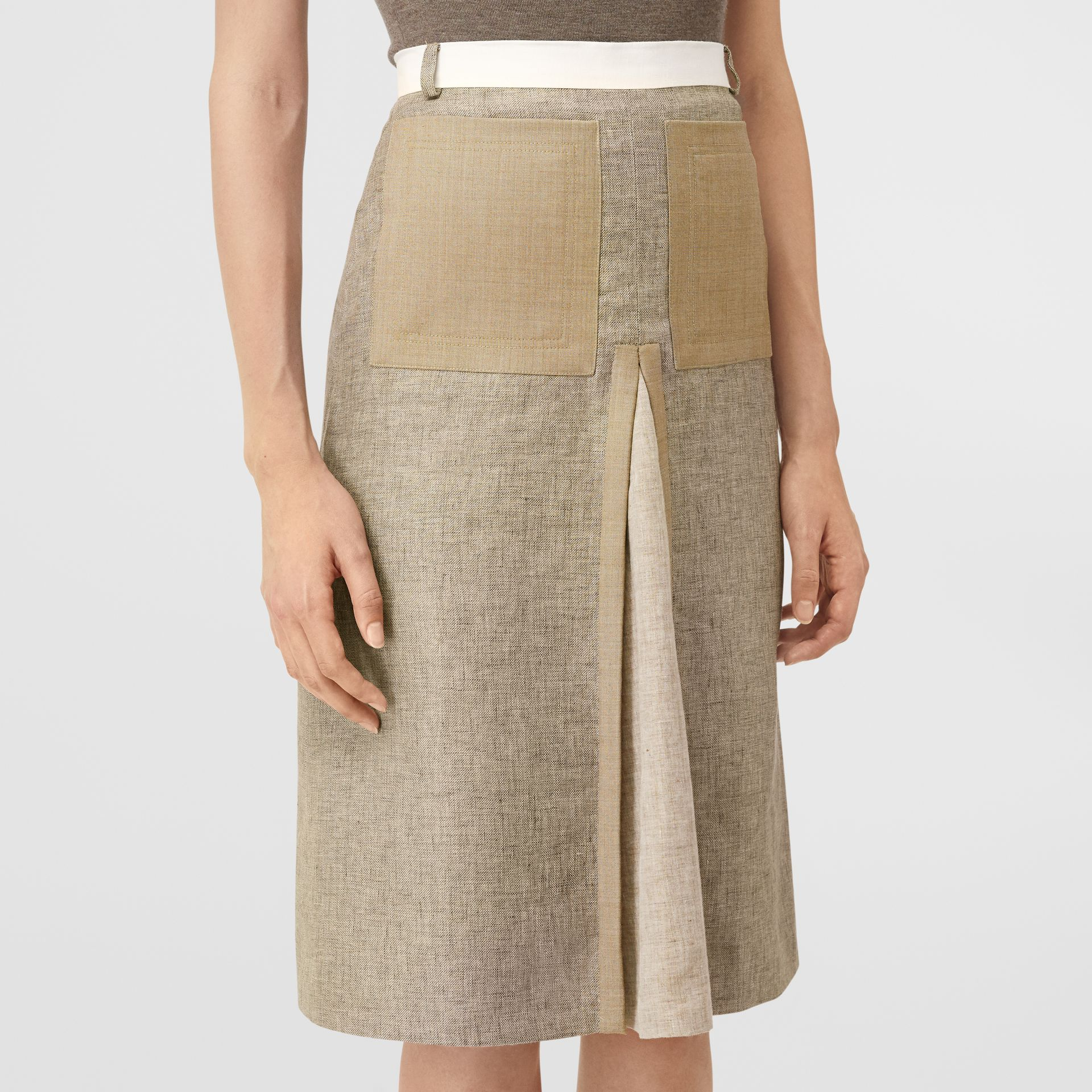Contrast Seam and Box-pleat Detail Linen A-line Skirt in Cedar Brown Melange - Women | Burberry - gallery image 4