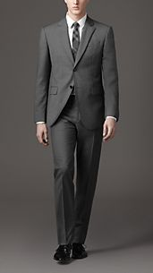Classic Fit Virgin Wool Suit