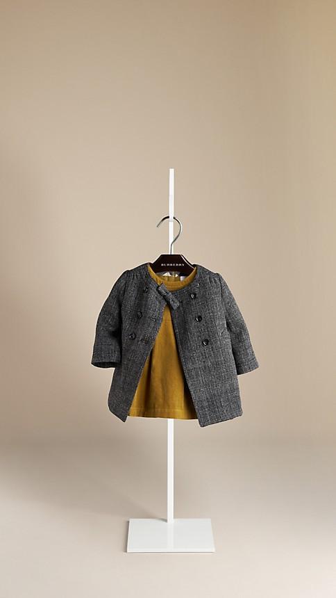 اجمل الملابس الشتوية للبنوتات الصغار . 8c5be31a6f09f656568e