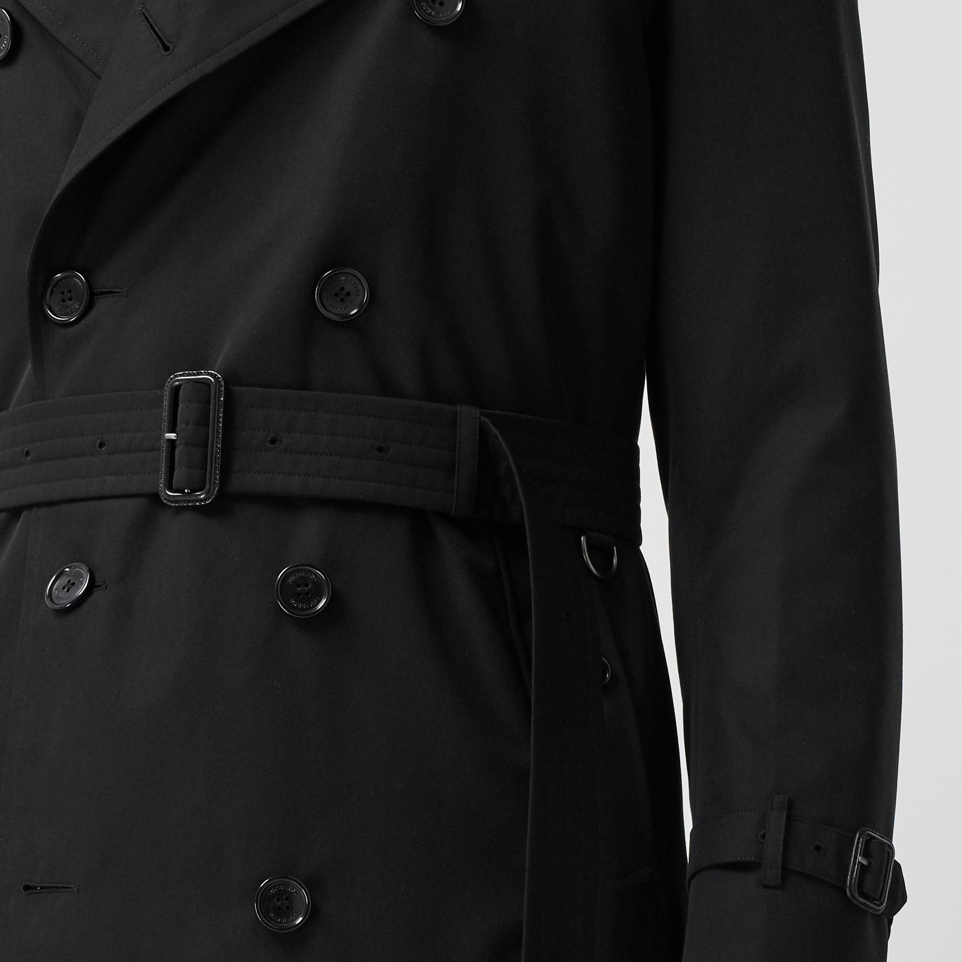 The Long Kensington Heritage Trench Coat in Black - Men | Burberry - gallery image 4