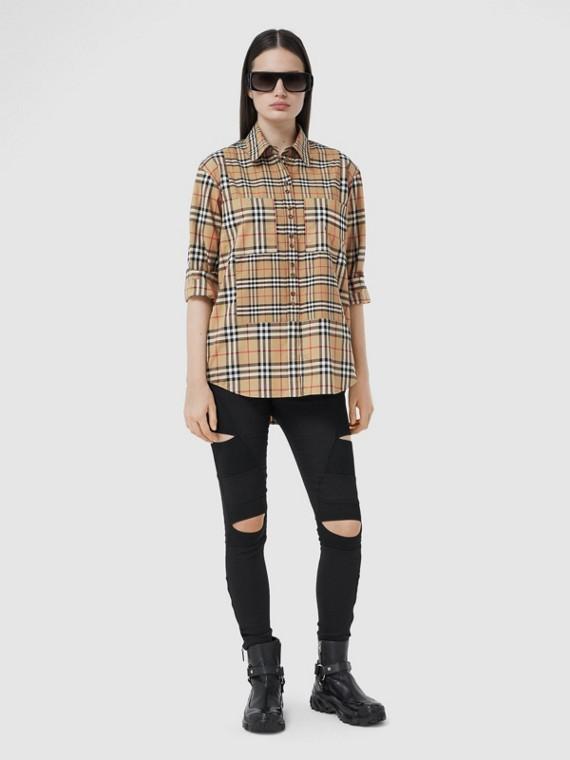 Camisa de algodão stretch em xadrez contrastante (Bege Clássico)