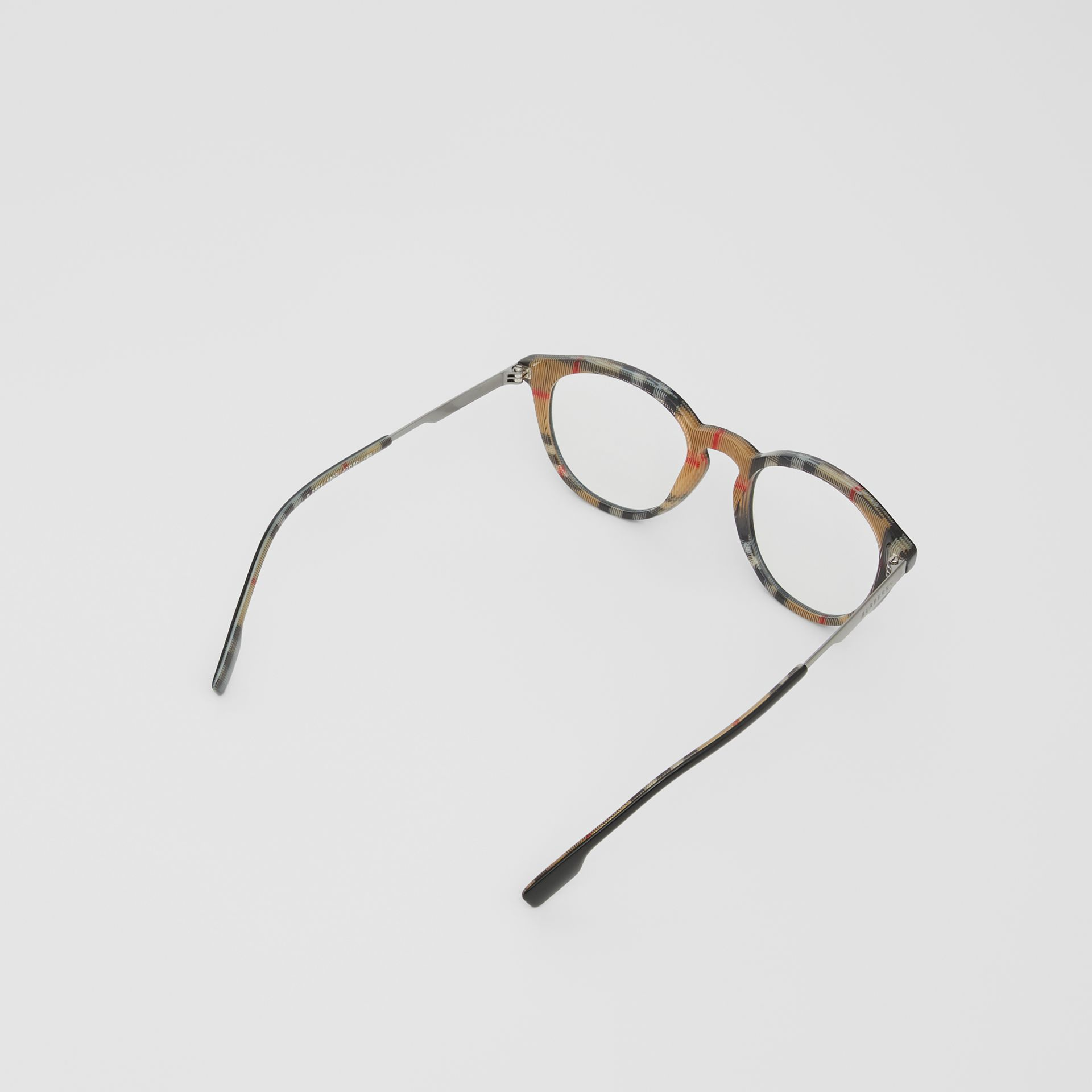Round Optical Frames in Black/beige - Men | Burberry - gallery image 4