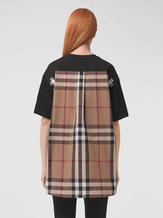 Oversize-T-Shirt mit Karopanel (Schwarz)