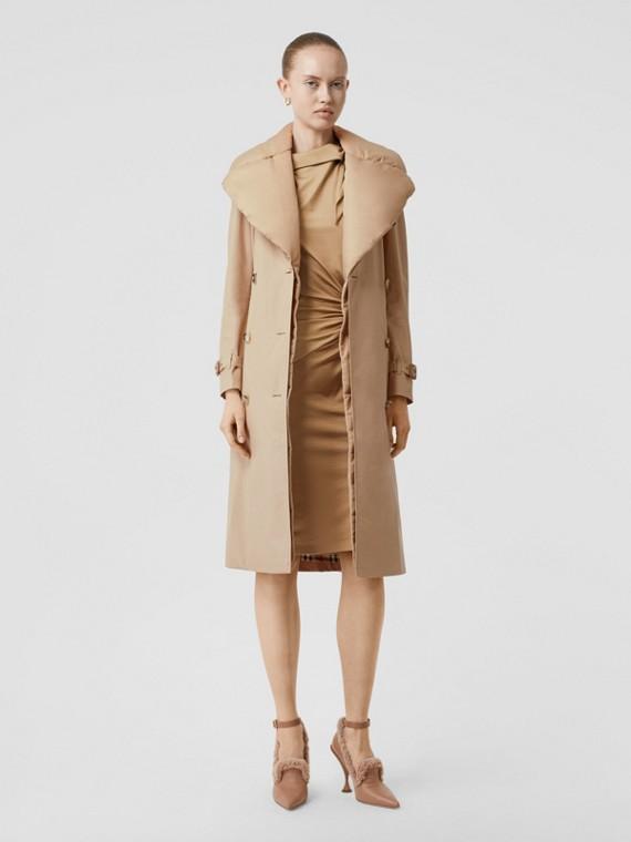 Detachable Collar Cotton Gabardine Trench Coat in Ecru
