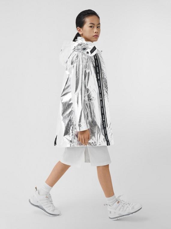 Parka en nailon metalizado con capucha extraíble (Plata)