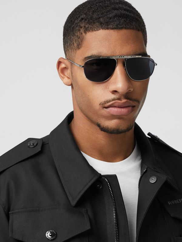 Icon Stripe Detail Pilot Sunglasses in Gunmetal Grey - Men | Burberry - cell image 2