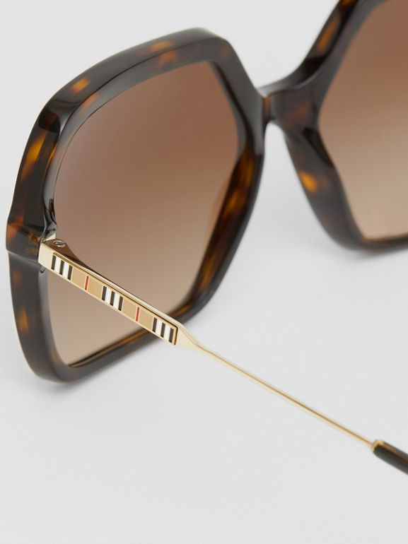 Oversized Square Frame Sunglasses in Tortoiseshell - Women | Burberry - cell image 1