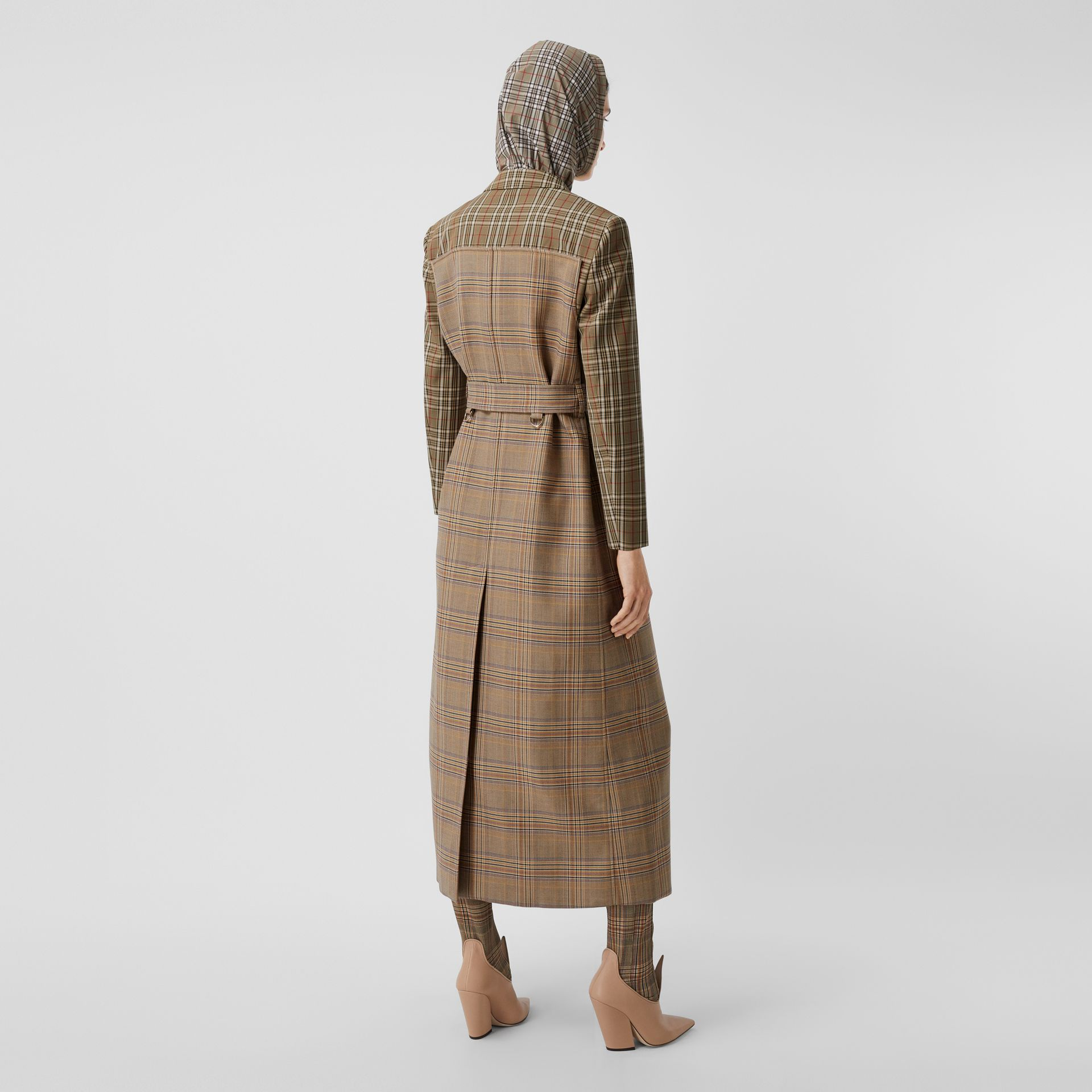 Custom Fit Contrast Check Wool Cotton Trench Coat in Dark Honey - Women | Burberry - gallery image 2