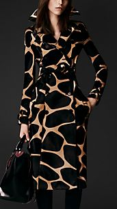Trench coat in pelle di vitello con stampa animalier