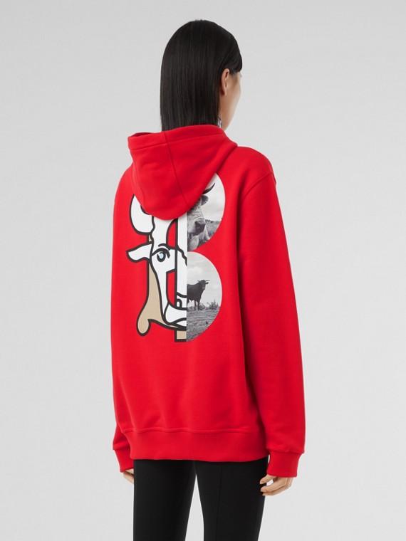 Sweat-shirt à capuche en coton à imprimé montage – Unisexe (Rouge Vif)