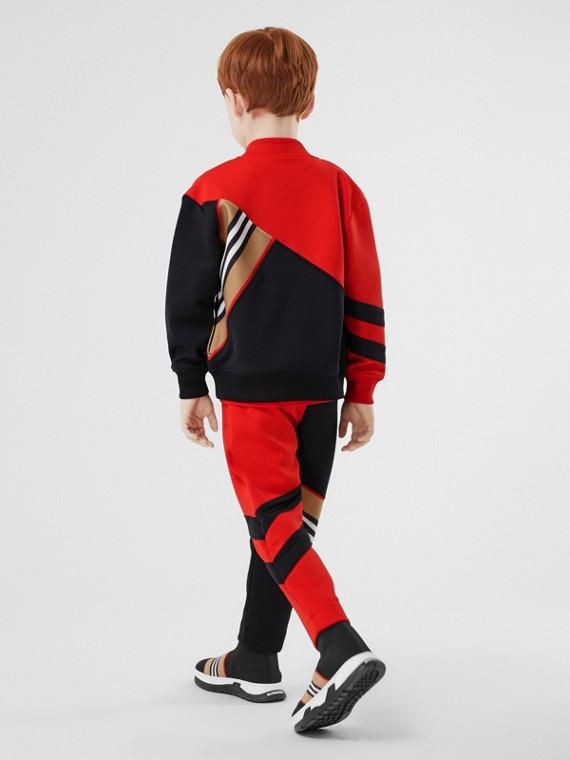 Track jacket em malha stretch com detalhe de listras icônicas (Vermelho Intenso)
