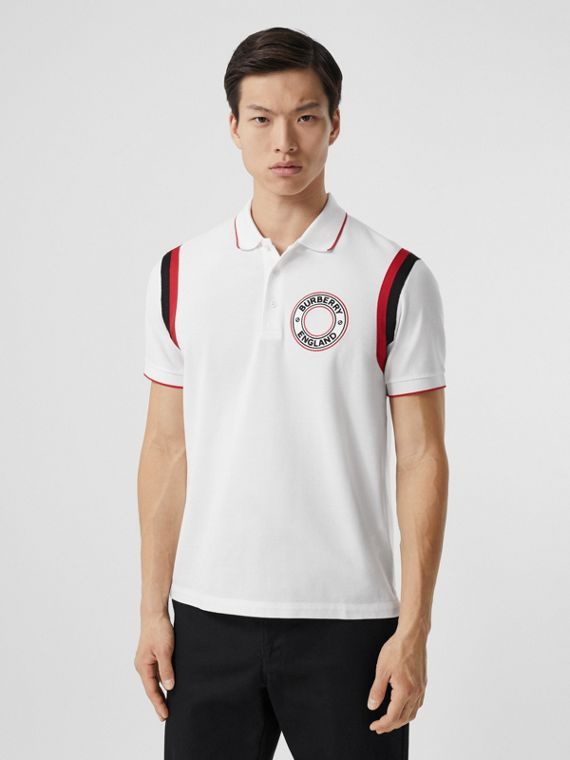 Polo in cotone piqué con applicazione grafica con logo (Bianco)