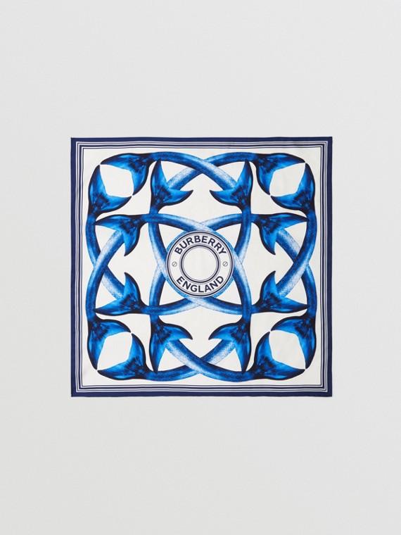 Lenço de seda com estampa de caudas de sereia (Azul Nanquim)