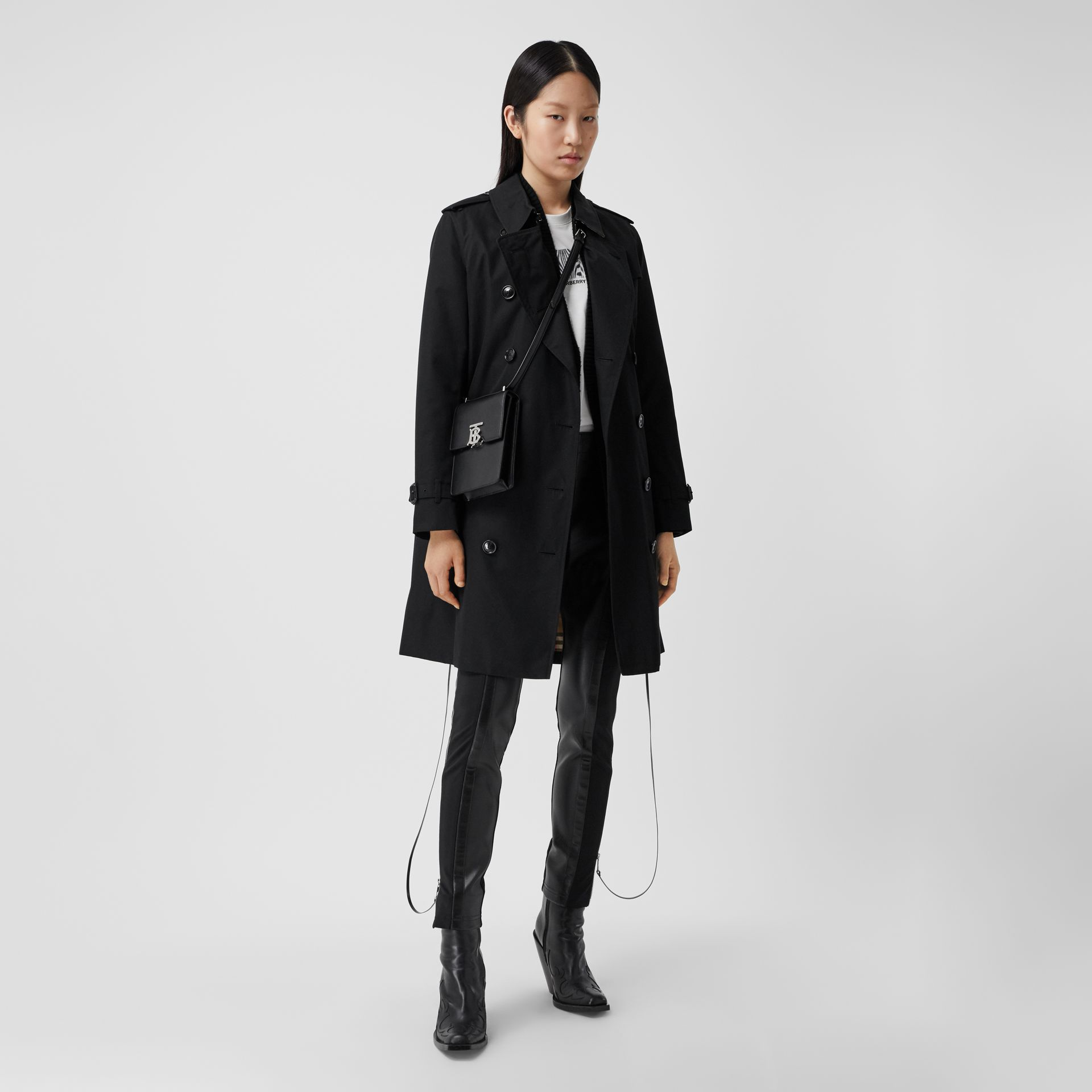 The Mid-length Kensington Heritage Trench Coat in Black - Women | Burberry - gallery image 0