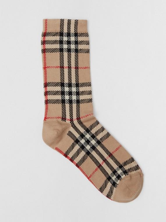 Meias de algodão e cashmere com Vintage Check em intársia (Bege Clássico)
