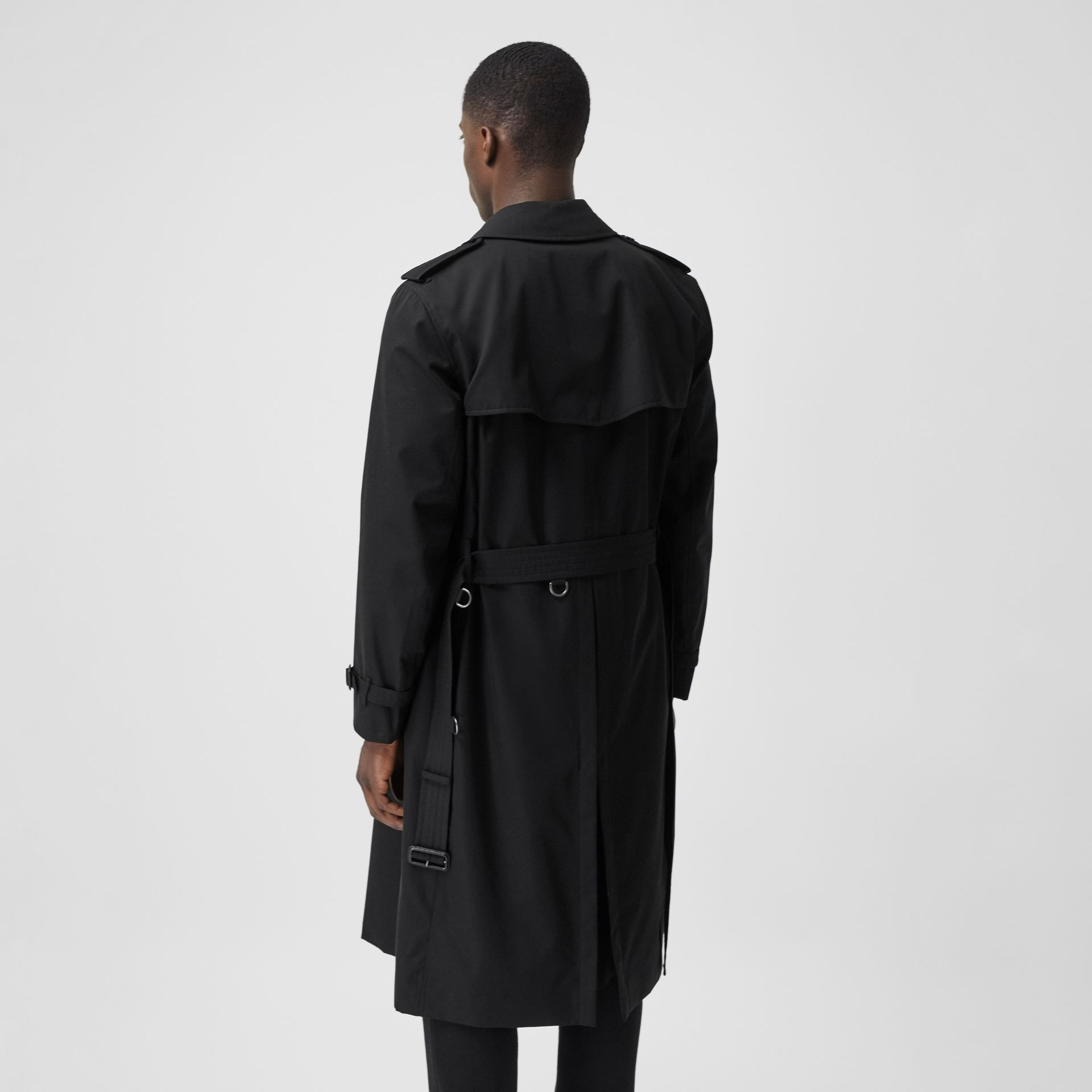 The Long Kensington Heritage Trench Coat in Black - Men | Burberry Australia - gallery image 6