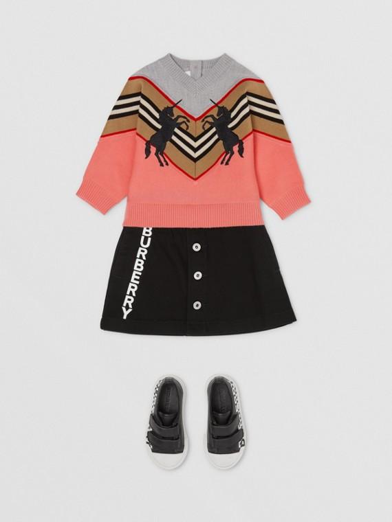 Suéter de lã tecnológica com unicórnio bordado (Pêssego)