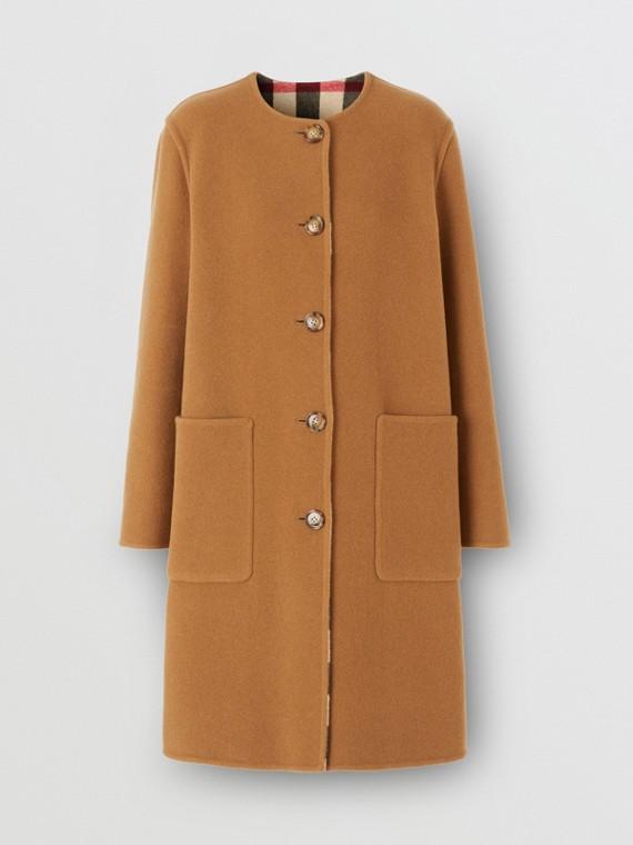 Cappotto reversibile in lana tecnica con motivo tartan (Cammello Medio)