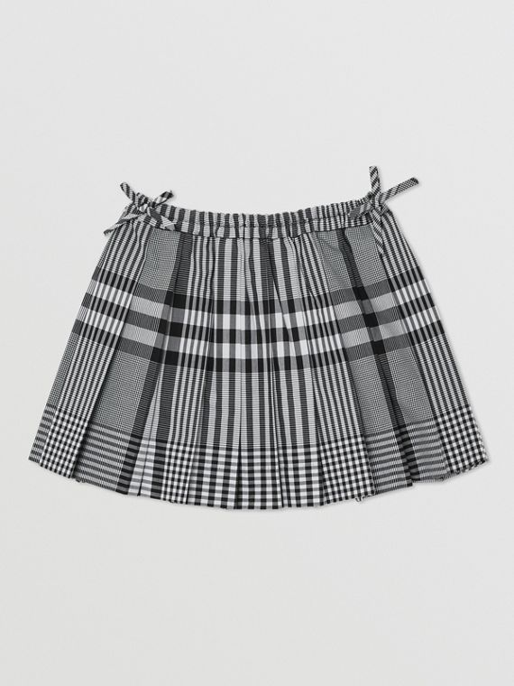 Check Cotton Poplin Pleated Skirt in Black