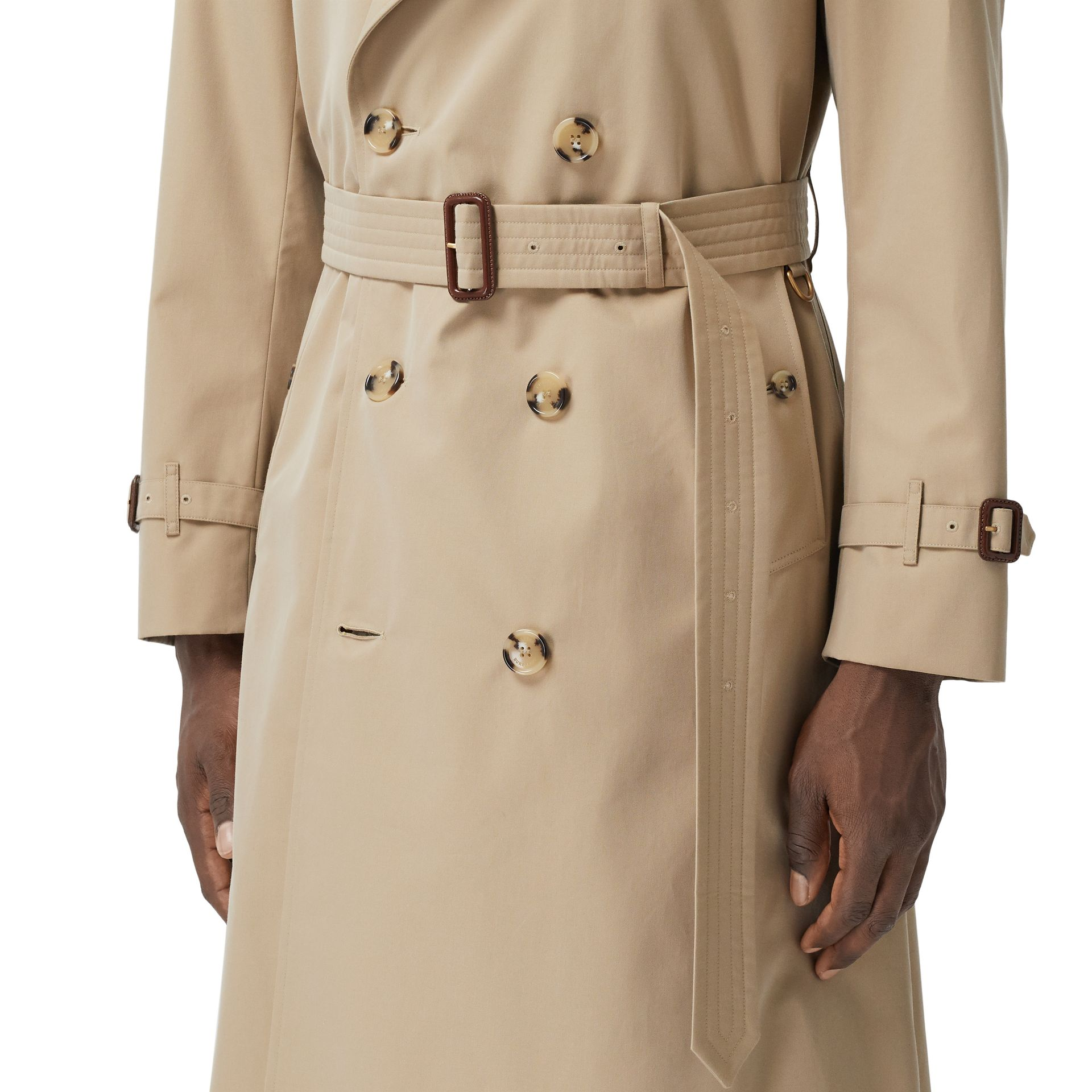 The Long Chelsea Heritage Trench Coat in Honey - Men | Burberry Canada - gallery image 4