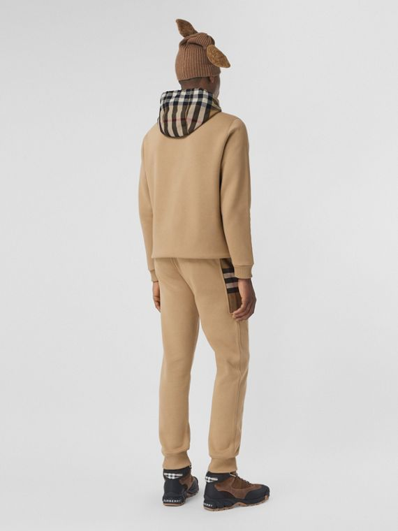 Calças jogger de algodão com recorte xadrez (Camel)