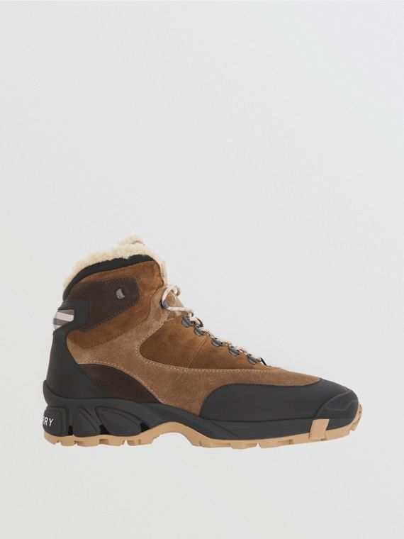 Shearling-lined Suede Tor Boots in Black/brown