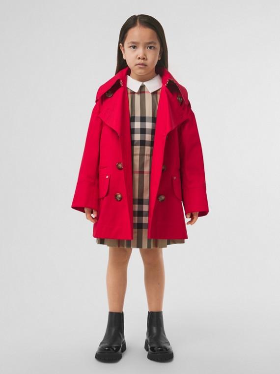 Trench coat de sarja de algodão com capuz removível (Vermelho Intenso)