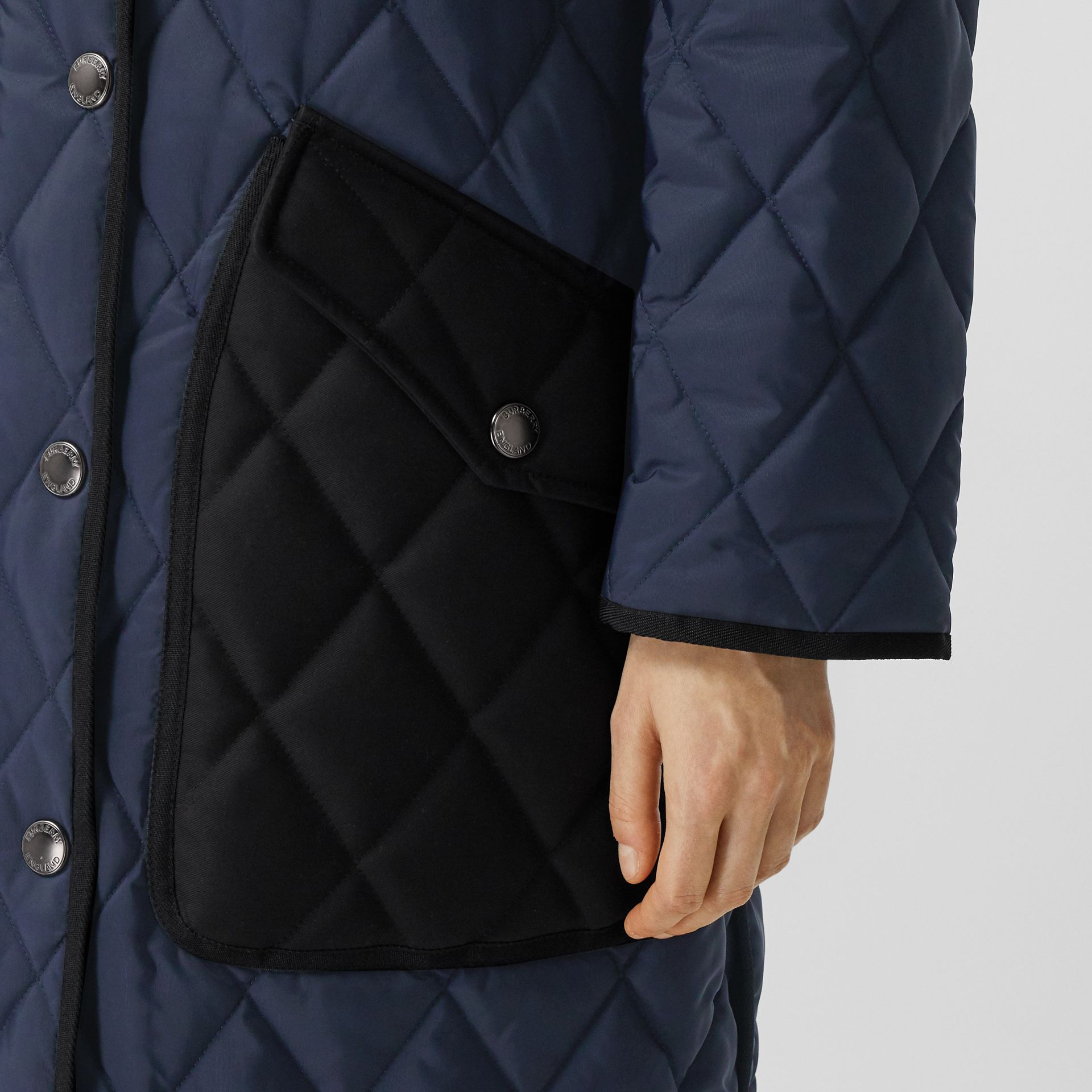 Detachable Fleece Collar Diamond Quilted Coat in Midnight Blue - Women | Burberry Canada - gallery image 5