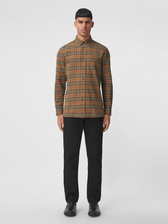 Button-down Check Cotton Flannel Shirt in Tobacco