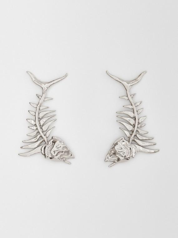 Boucles d'oreilles plaquées palladium avec fossile marin