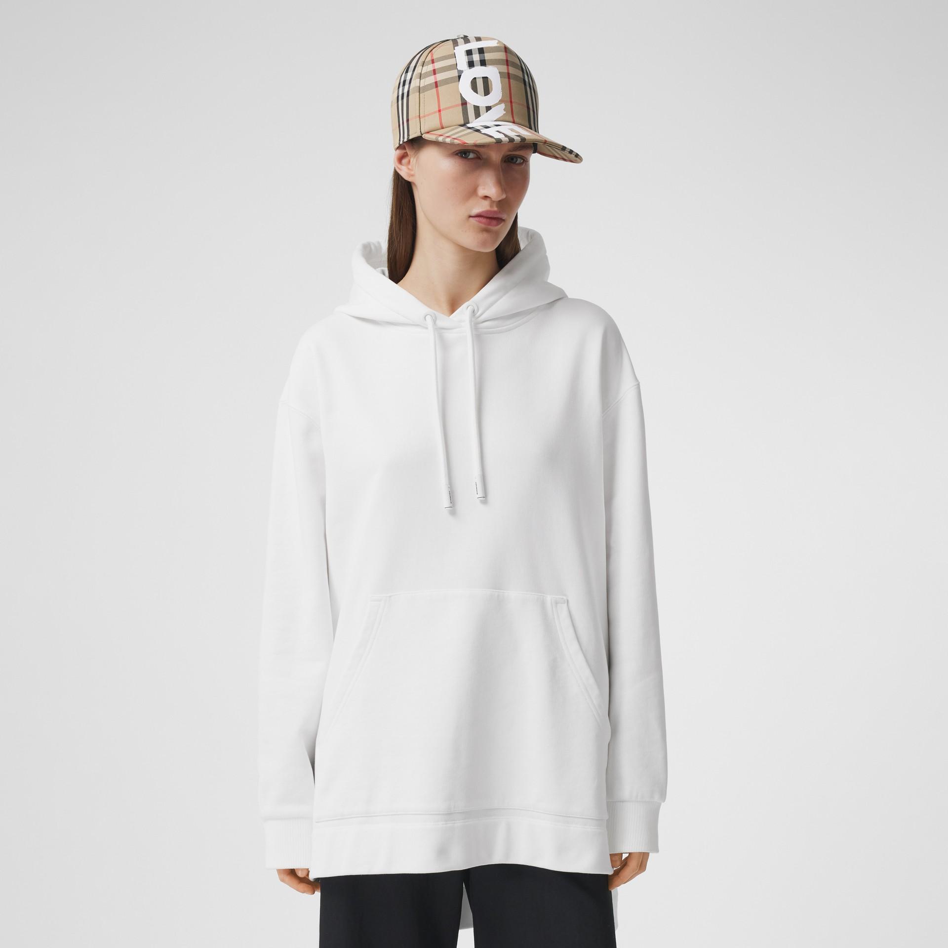 Sweat-shirt à capuche oversize en coton avec coordonnées (Blanc) - Femme | Burberry - photo de la galerie 2